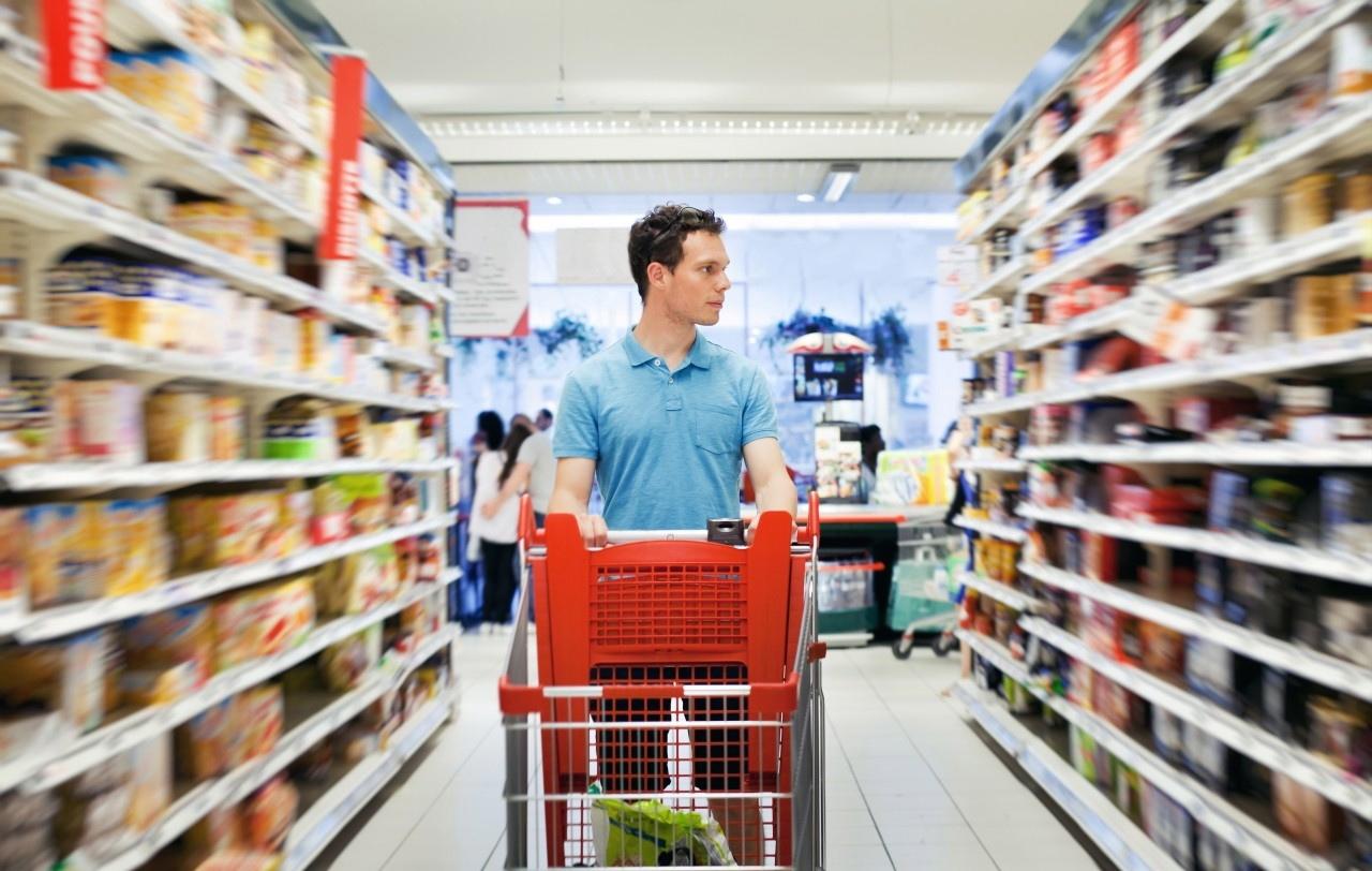 Man-In-Supermarket-2