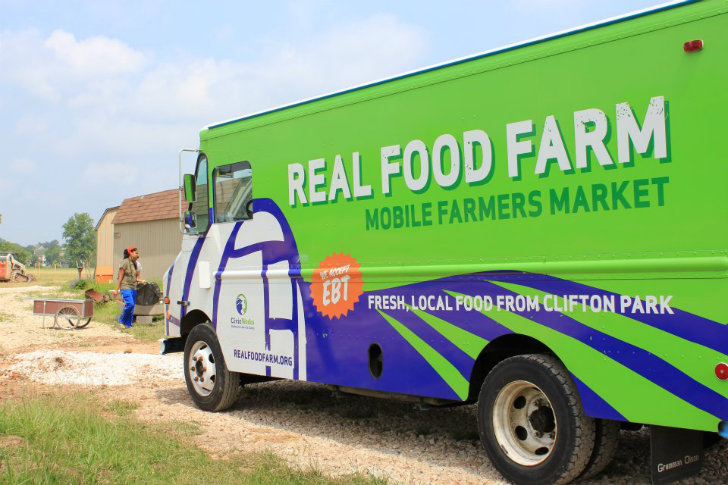 Real-Food-Farm-Mobile-Markets-4