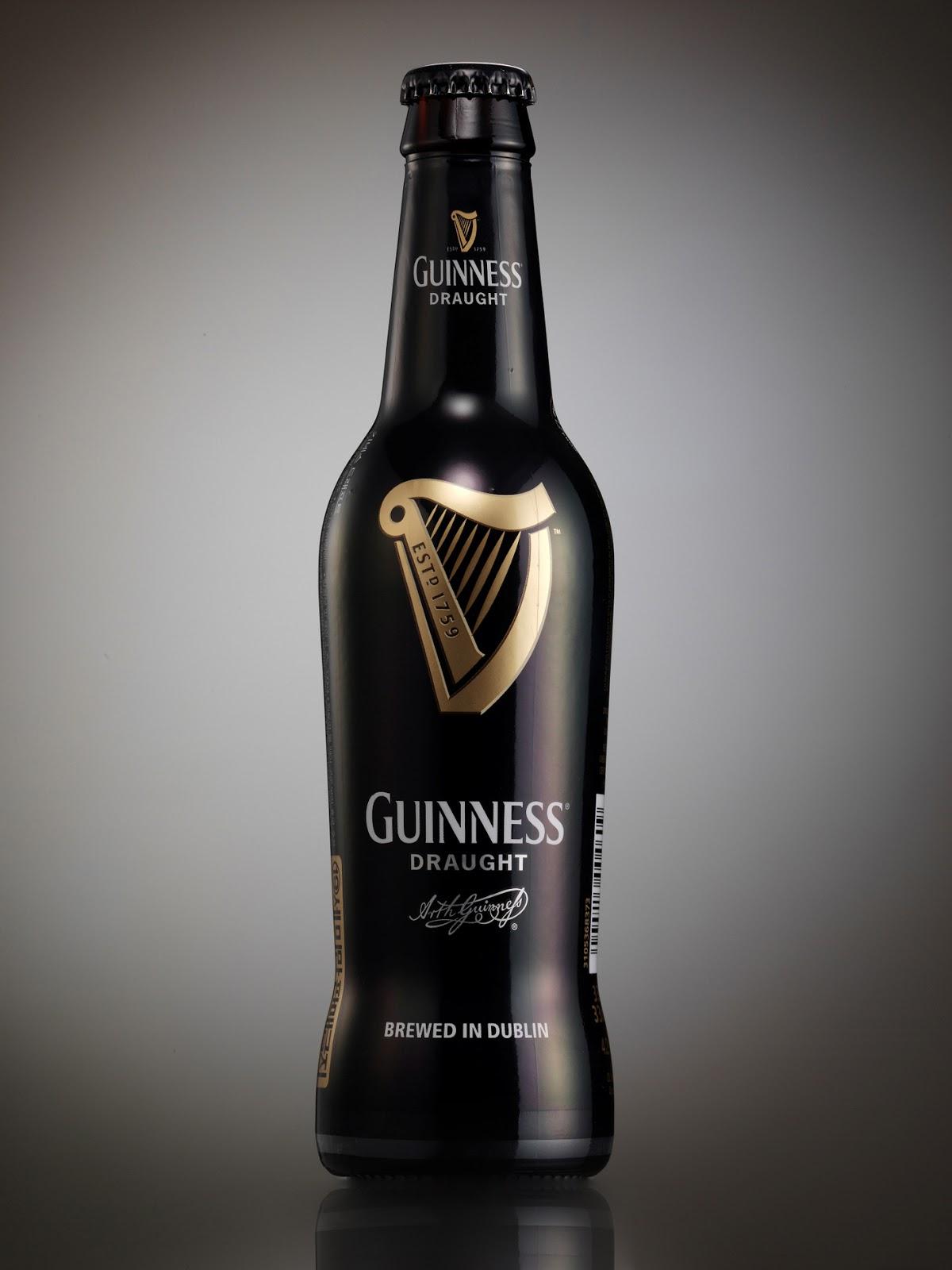 GUINNESS-Draught-in-a-Bottle_closeup.jpg