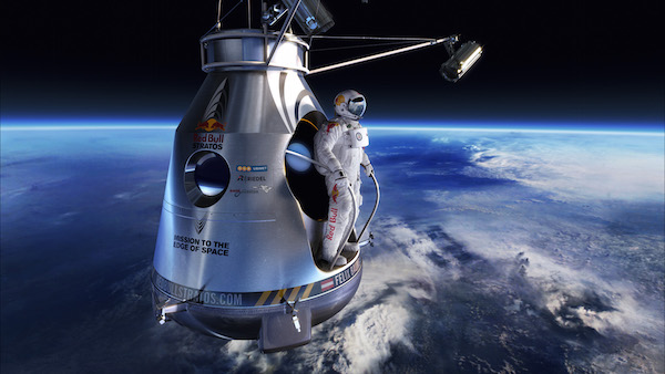 Red_Bull_stratos_01