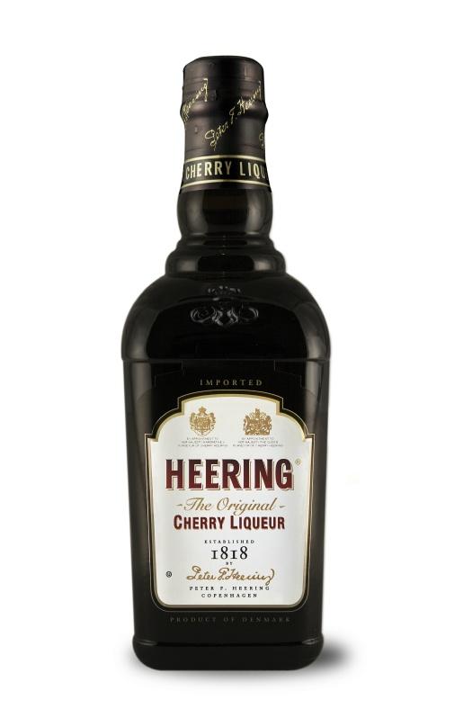 Cherry Heering - один из наиболее загадочных компонентов для коктейлей.