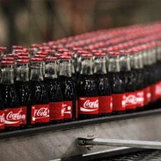 Coca-Cola планирует использовать возобновляемое сырье для пластиковых бутылок