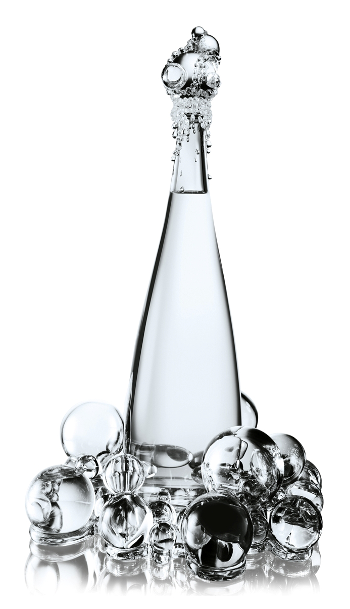 evian_gaultier_bubbles-bottle_01