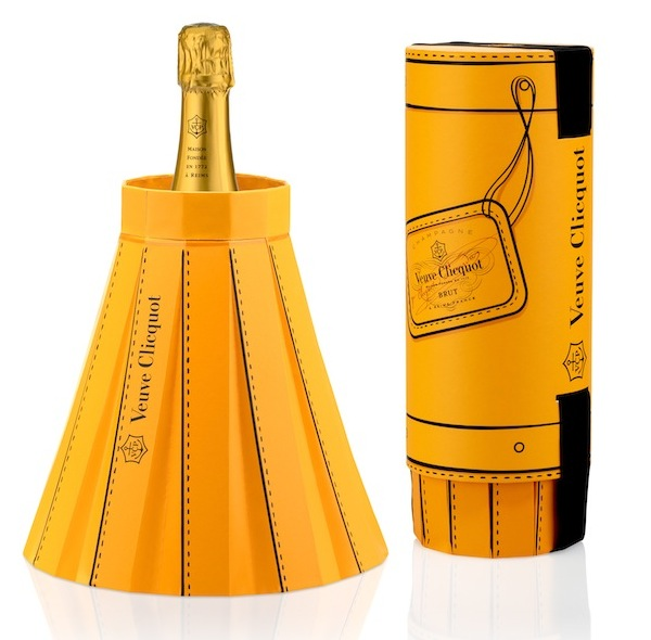 fashionably_clicquot_02