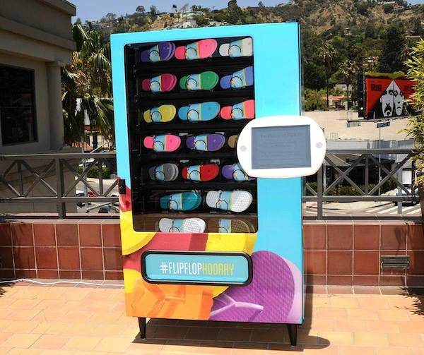 old_navy_flipflops_sale_vending_machine_01